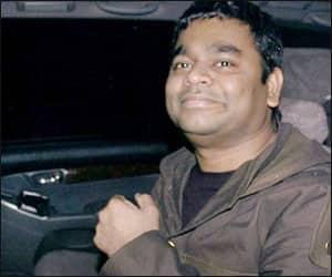 Make your own film: Rahman tells 'Slumdog' critics