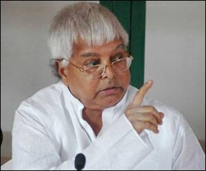 Global recession hits Lalu's pet projects