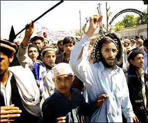 M_Id_74023_Taliban_rally