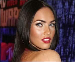 Megan Fox battles mom to have atattoo
