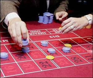 Researchers closer to treatment for gambling addiction ...