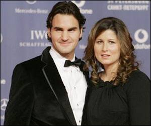 Federer becomes proud father of twingirls