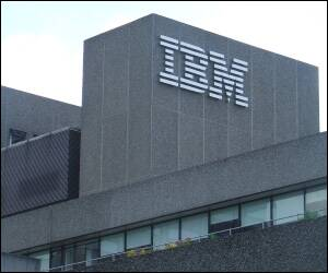 IBM takes on Google in Web-mail market
