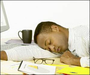 30 minute afternoon siesta can boost workers'alertness