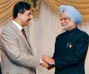 Gilani wants early resumption of dialogue withIndia
