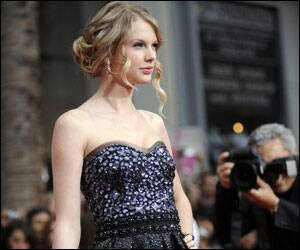 Taylor Swift to play vampire?