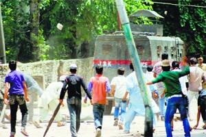 Alam & Andrabi the quiet hawks behind the Valley's angry mobs