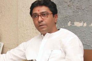 Raj Thackeray now warns taxi,autodrivers