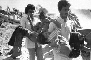 SC reopens Bhopal gas leak case,issues notice to allaccused