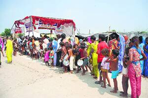 Thousands evacuated from Kanpur as Ganga breachesbanks
