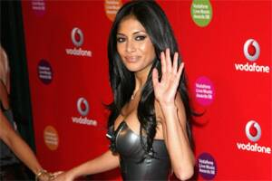 Nicole signs for cameo in MIB 3