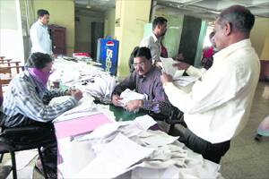 ACB seizes over 71,000documents