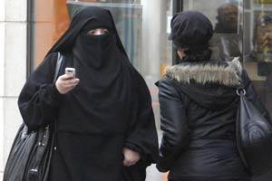 France bars women from wearing burqa in public places