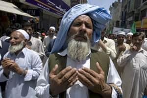 Taliban bin Laden revenge bombing kills 80 inPakistan