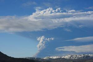 Danish airspace partly closes over volcanicash