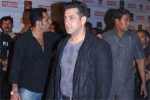 Salman to undergo treatment for nerve disorder in US
