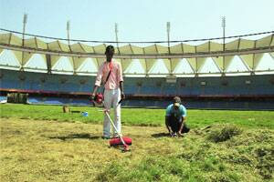 M_Id_238669_The_football_pitch_at_the_Jawaharlal_Nehru_stadium_being_trimmed_to_get_it_ready_for_AIFF._