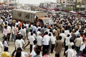 Telangana: 128 trains to be cancelled during Oct 15-17rail-roko