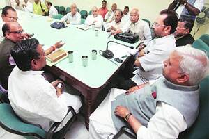 M_Id_244858_BJP_leader_Mukhtar_Abbas_Naqvi_at_a_meeting_with_senior_party_leaders_in_Lucknow