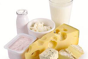 Cheese may not be as bad for cholesterol as other fat:research