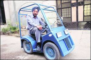 City industrialist makes battery-operated car