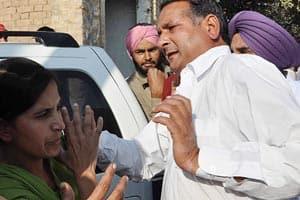 After assault,Punjab teachers threaten selfimmolation