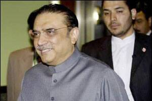 Zardari aide claims Sharif playing into hands of military