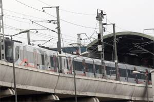 Delhi Metro to have shorter trains,platforms in Phase III