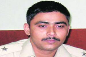 IPS officer trying to stop mining mafia is crushed bytractor