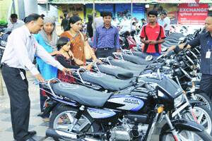 Census: 2-wheelers jump by 18% in 10 yrs; cars & jeeps by13.2%