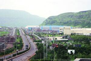 Experts disagree with economic survey,say Pune story not sogrim