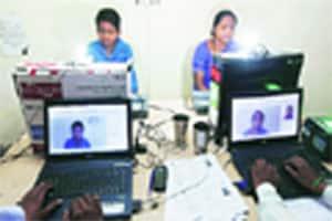 city anchor: 6.5 lakh UT folks enrolled for UID nos; 5.4 lakh IDssent