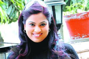 Devotional or item number,Richa Sharma loves all