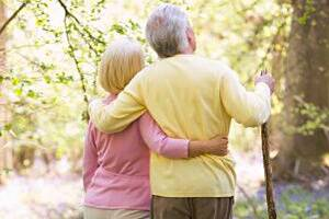 Old people who banish regrets 'happier and cope better withstress'