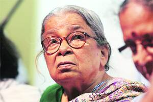 'Humiliated' Mahasweta quits from post given byMamata