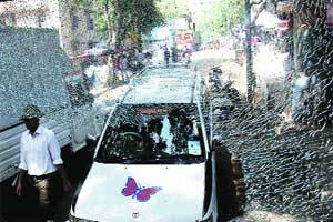Now,BEST bus kills biker in Malad