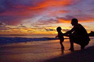 Father's love greatly influences child's personalitydevelopment