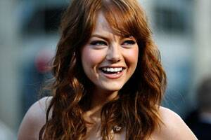 M_Id_295434_Emma_Stone_plans_to_study_biology