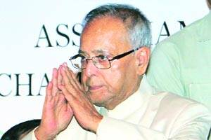 Steps for improving economy to be out on Monday:Pranab