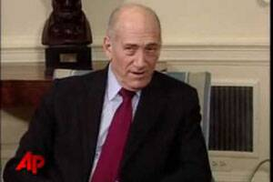 Israeli court clears ex-PM Olmert of major charges