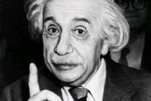 M_Id_303532_Einstein