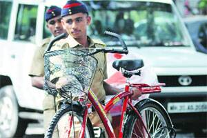 Pune probe focuses on two men who bought cycles,spoke Hindi,Gujarati