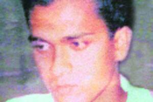 'Dead' Maoist leader held in Kolkata with twoothers