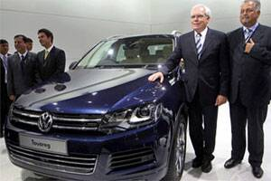 Volkswagen launches new Touareg @Rs 58L