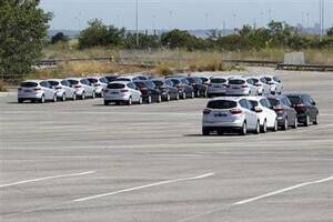 Europe's car market slumps toward 1993lows