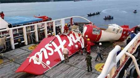 AirAsia 'not giving up' but hunt for bodies drawing to close