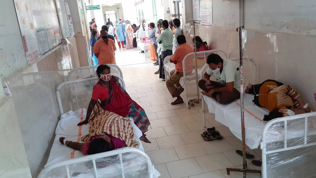 Eluru 'mystery illness', Eluru illness, six people admitted again, Andhra Pradesh illness, YS Jagan Mohan Reddy, Andhra news, India news, Indian express
