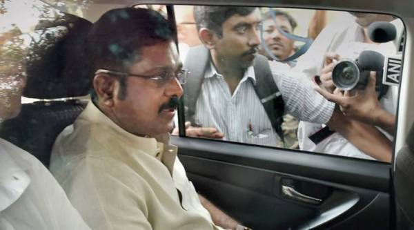 AIADMK symbol case, Delhi hawala operator arrested, hawala operator, TTV dinakaran, Dinakaran chennai, AIADMK bribery case, election bribery case, AIADMK, two leaves symbol, India news, Indian Express