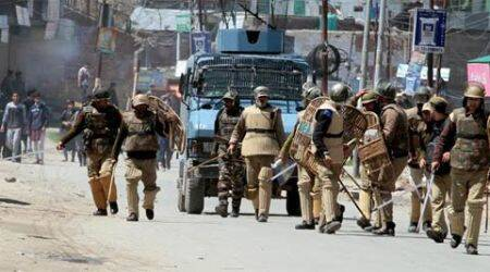 Handwara, Jannu & Kashmir, j&K, Handwara killings, Handwara protests, Handwara violence, restrictions relaxed in Handwara, security bunkers removed, jammu news, india news