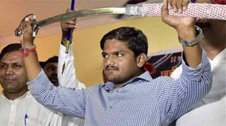 Patels in Pune hail Hardik, but some doubt his quota call